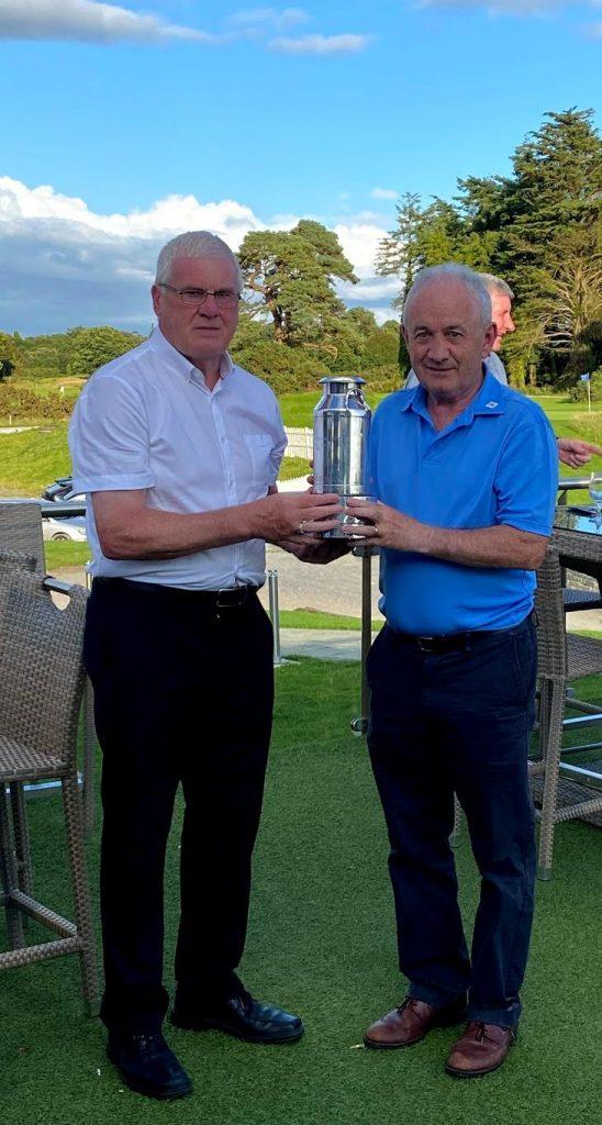 Men's Prizewinner Gerry O'Sullivan with Dairy Science Golfing Society President, John McMahon